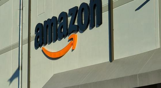 Wood vende azioni Amazon il giorno prima del volo di Bezos